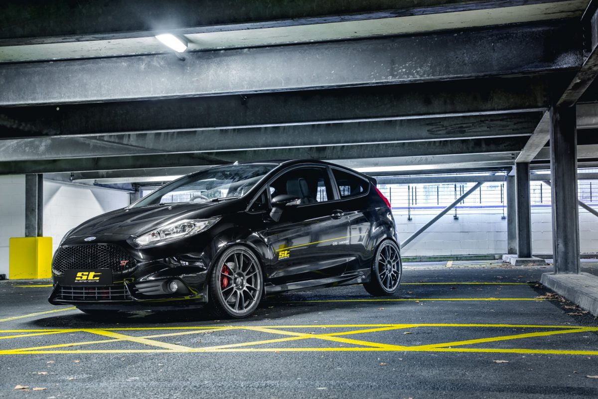 ford fiesta st fahrwerk von st suspensions autotuning de. Black Bedroom Furniture Sets. Home Design Ideas
