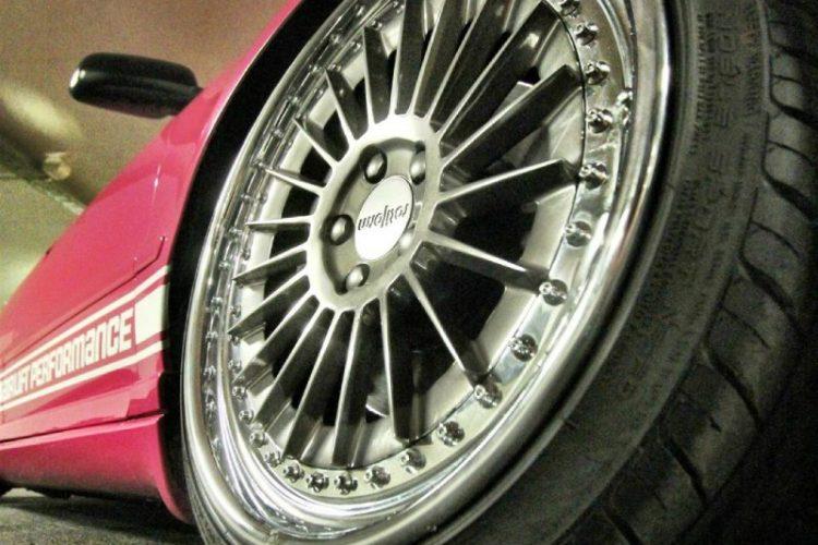 Audi S4 – tief, breit, pink Bild 4