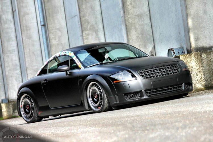 Audi TT im Retro Matt Design-Bild 6