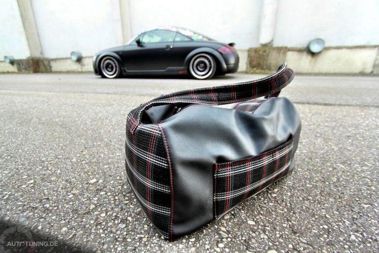 Audi TT im Retro Matt Design-Bild 4