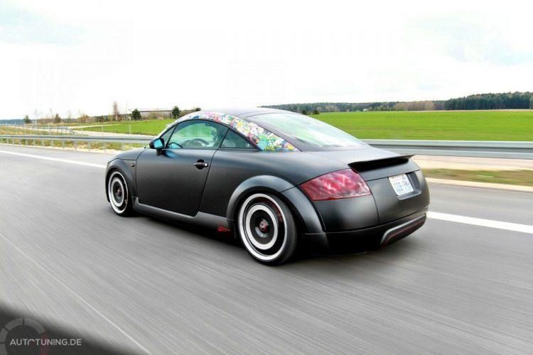 Audi TT im Retro Matt Design-Bild 1