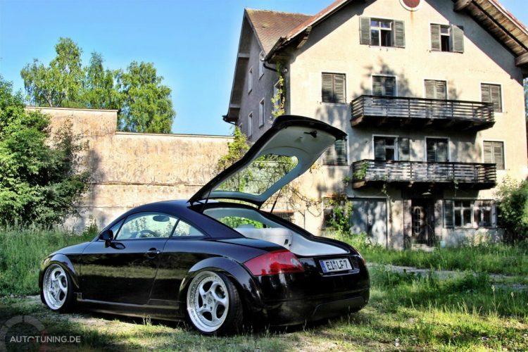 Audi TT Stance 2