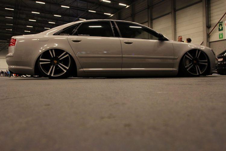 Audi A8 im VIP-Style Seite