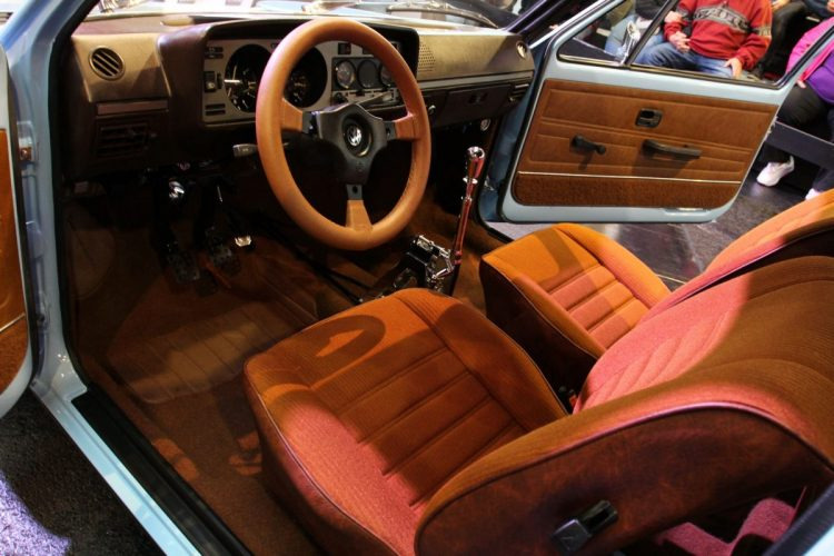 VW Golf Mk1  (4)
