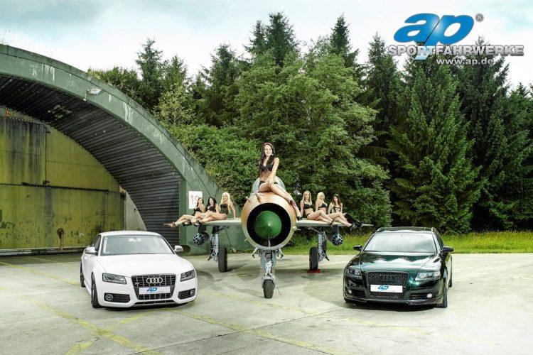 Das Rezept für das ap Girl Shooting 2014 besteht aus rustikalem Luftwaffenambiente, Showcars und nicht zuletzt den ap Models.