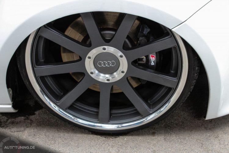 Hier ist mehr Audi im Bild als Seat...