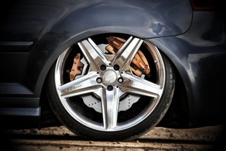 Ein Hauch Mercedes - AMG Bremsen und Felgen