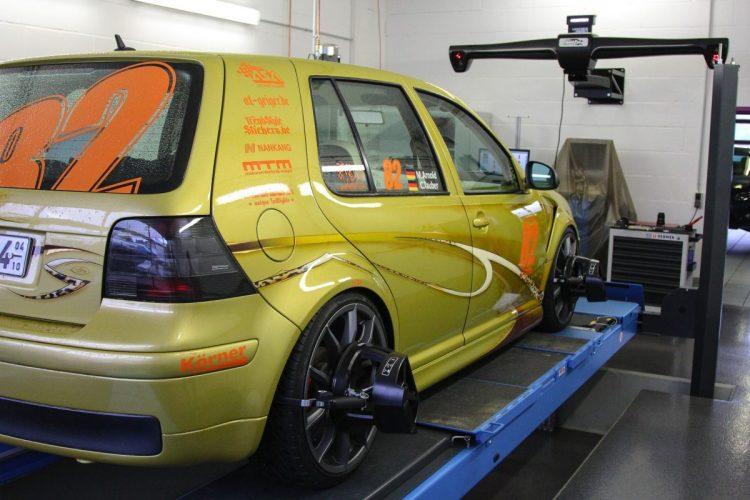 VW Golf Leo Racing -64
