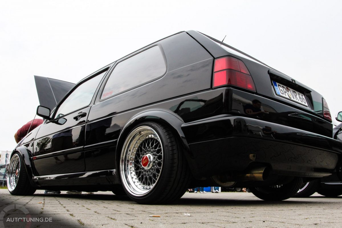 S3 Sportback Black Edtion moreover Vw Golf Mk2 Gti Vr6 Turbo Dauerbrenner besides Golf Plus Special Foto Topic T102394 also Golf Sapao Rebaixado E Rodas Aro 20 Pretas in addition Mk2 Golf Vr6 Conversion Air Lift V2 Kit. on mk2 vr6