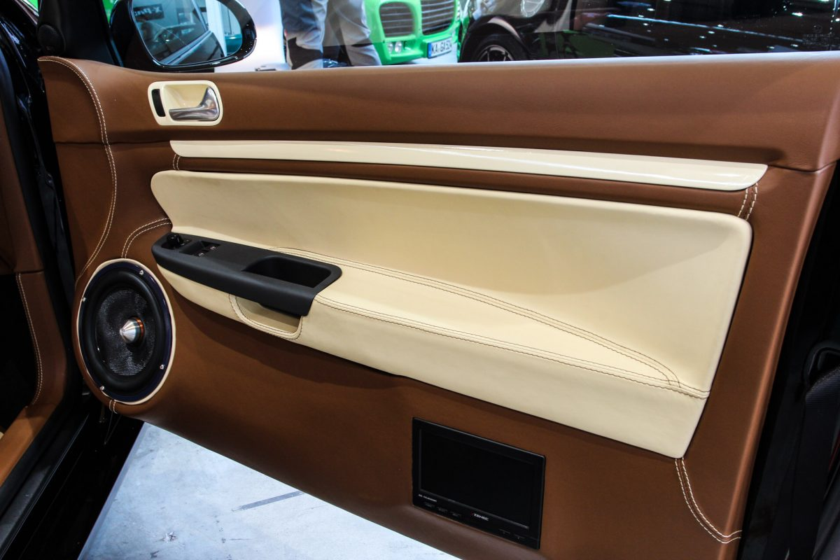 Vw golf mk5 mit top interieur autotuning de for Golf 7 interieur