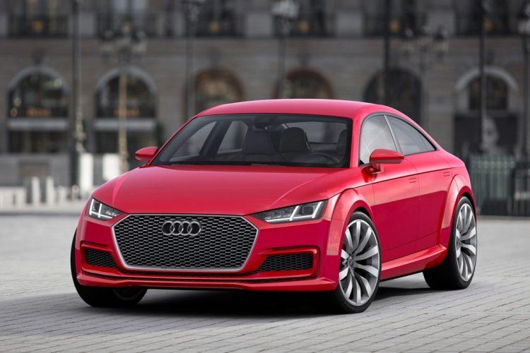 Scharfe Konturen an der Front: Das Audi TT Sportback concept 8S wirkt noch unausgereift