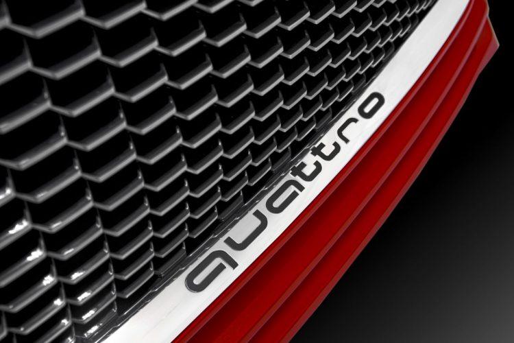 Allrad serienmäßig: Der Audi TT Sportback concept 8S fährt mit quattro-Antrieb