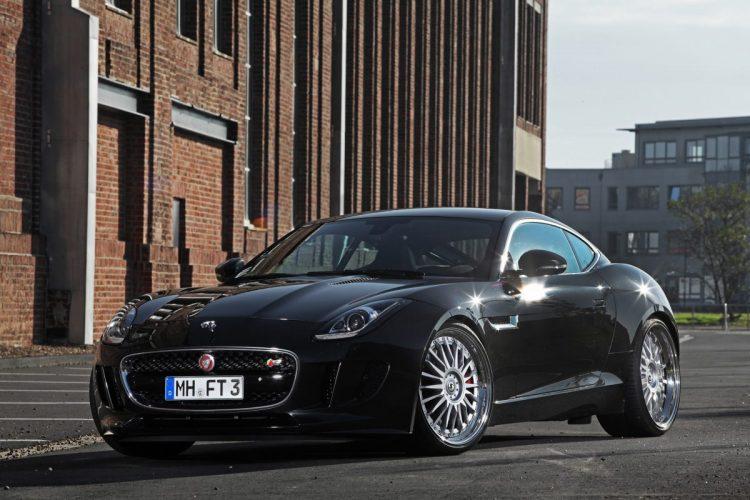 Große Klappe, viel dahinter: Der V6-Kompressor des Jaguar F-Type Coupé bietet Luft nach oben