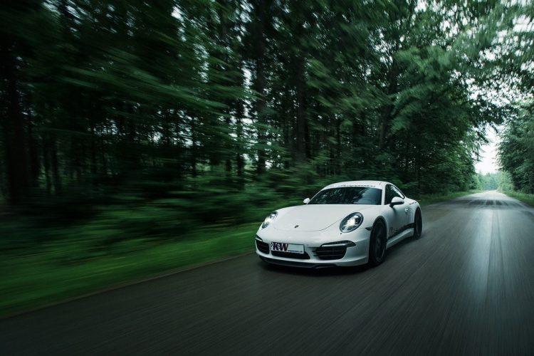 low_Porsche_911_Typ_991_Fahraufnahme01