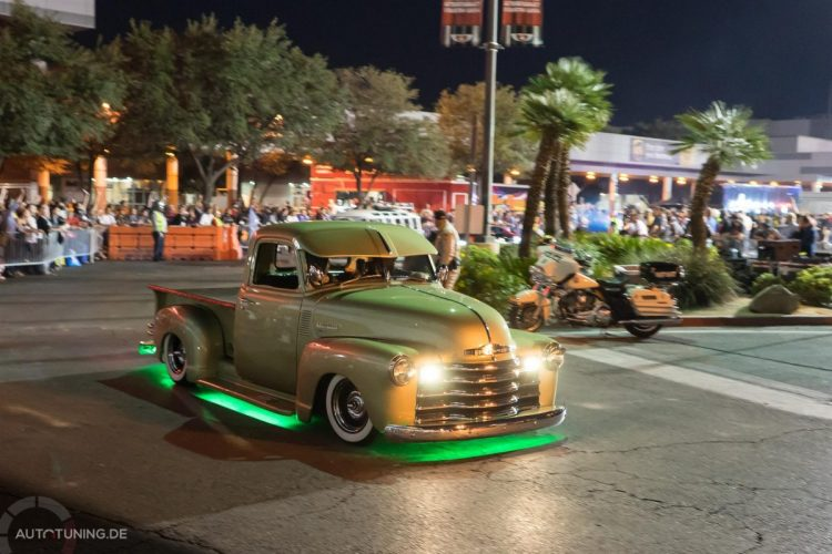 Show & Shine hatte wohl den Fokus beim SEMA Las Vegas Cruise 2014