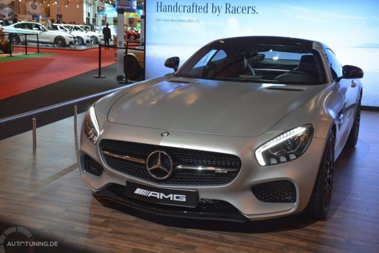 Der neue Mercedes-AMG GT steht in Halle 3
