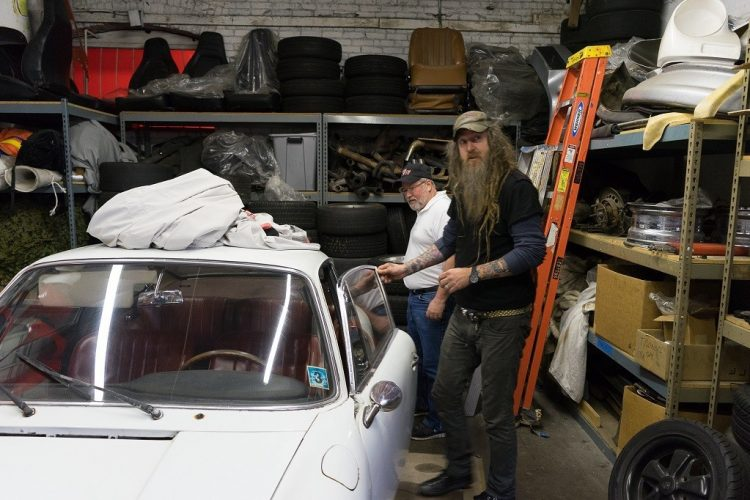 KW Magnus Walker 6