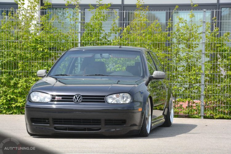 VW Golf GTI 25Jahre Edition(6)