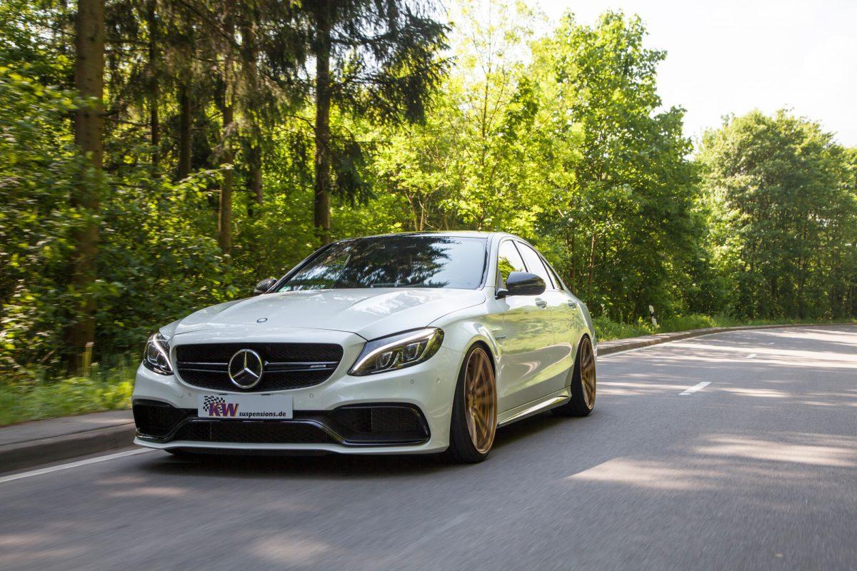 Amg Auto Sales >> Mercedes C63 AMG: Handling-Upgrade durch KW automotive