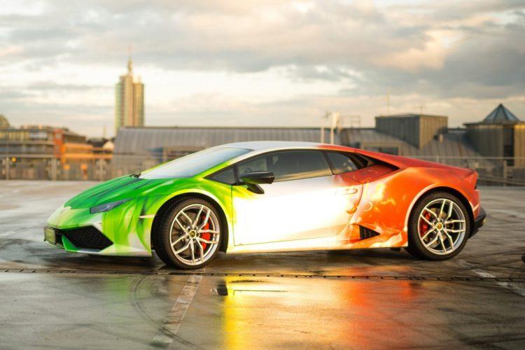 Der Lamborghini Huracán in voller Farbpracht: Das Tricolor-Design kommt von Tuner PRINT TECH.