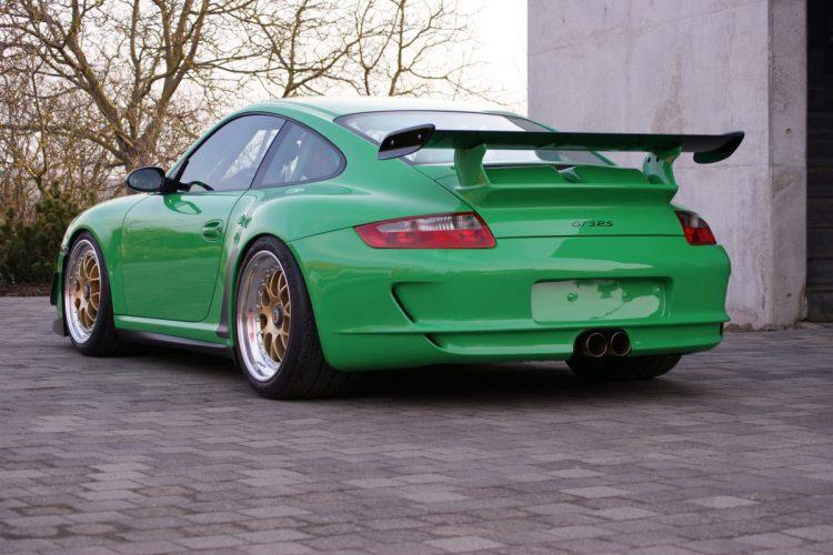 Ein Hinterteil mit Wiedererkennungswert: Der Porsche 911 GT3 RS wurde ganz an der Clubsport-Schiene ausgerichtet.