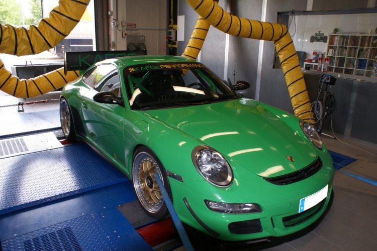 Dezent auf Leichtbau getrimmt: Beim Porsche 911 GT3 RS von KAEGE sollten vor allem die unnötigen Kilos runter.