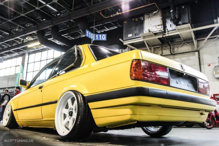 BMW E30 02