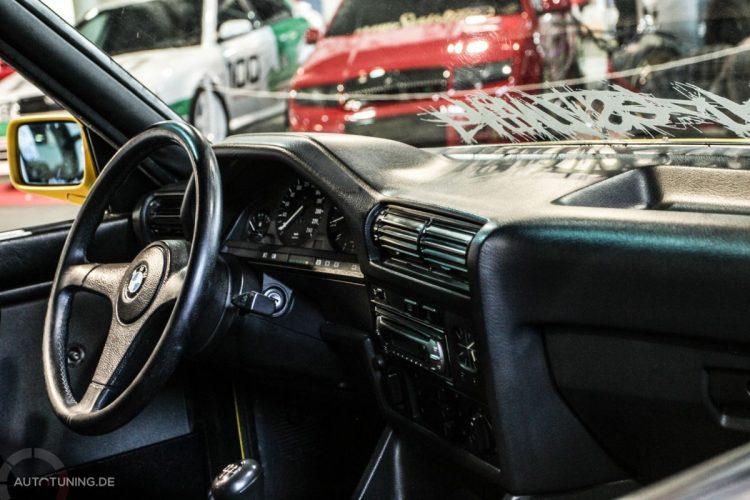 BMW E30 03