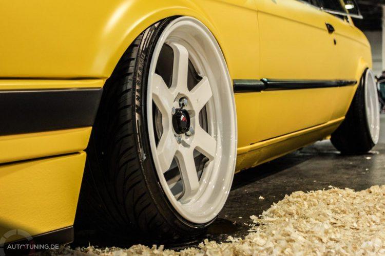 BMW E30 08