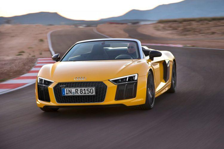 Nicht nur im Abgang sexy: Der Audi R8 Spyder V10 sorgt für frischen Wind.