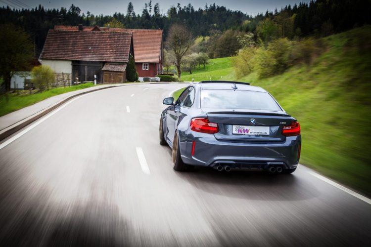 Stets auf Zack: Der BMW M2 überrascht durch dynamische Fahreigenschaften.
