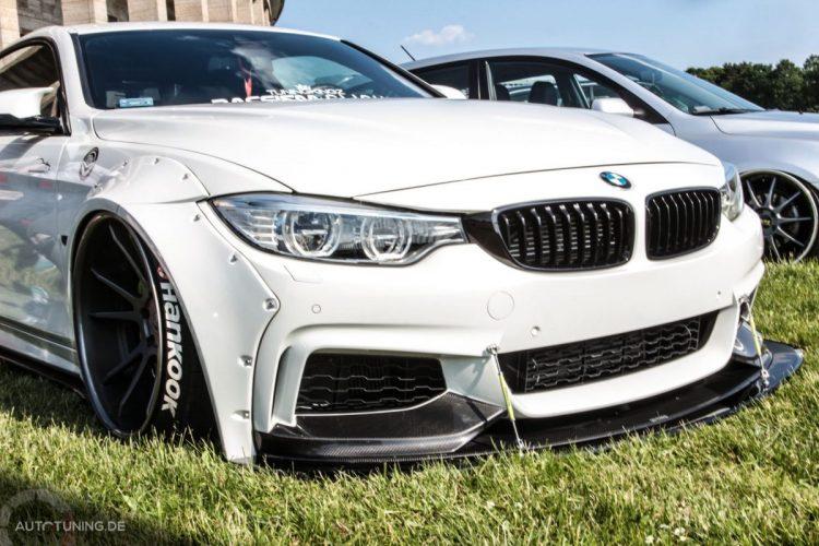 Seitenansicht des BMW F32 mit Breitbau