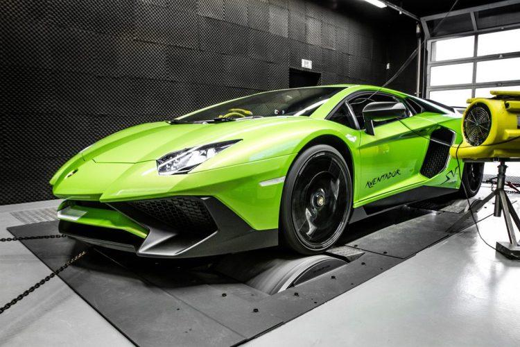 Das Biest von mcchip-dkr namens Lamborghini Aventador Supervelocé auf dem Prüfstand.