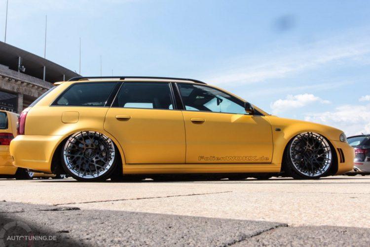 Seitenansicht des Audi RS4 Avant