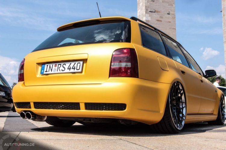 Heckansicht des Audi RS4 Avant