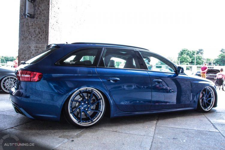 Seitenansicht des Audi A4 Avant
