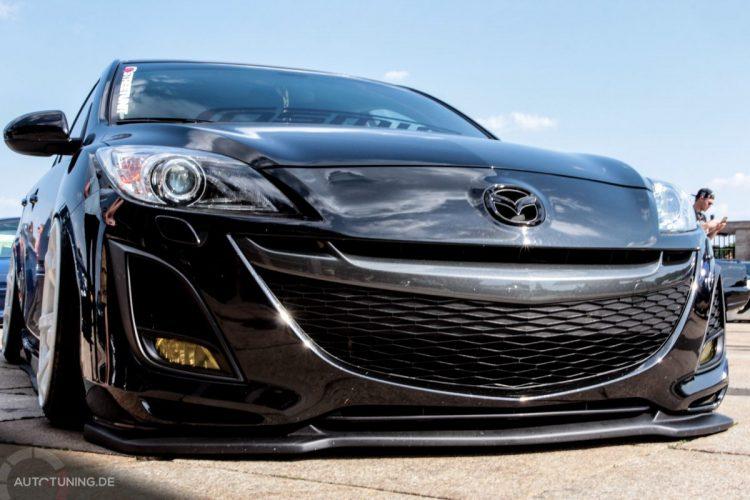 Frontansicht des Mazda 3