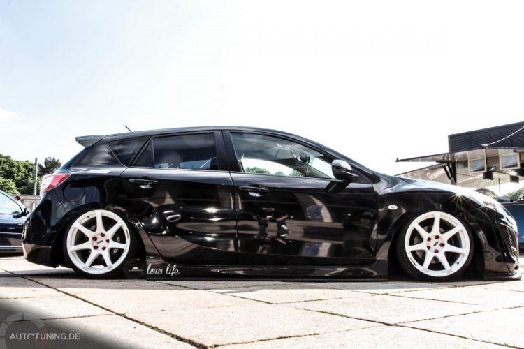 Seitenansicht des Mazda 3