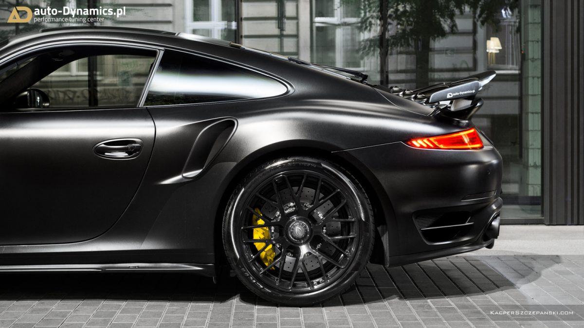 porsche 911 turbo s dark knight tuningmonster von auto dynamics. Black Bedroom Furniture Sets. Home Design Ideas