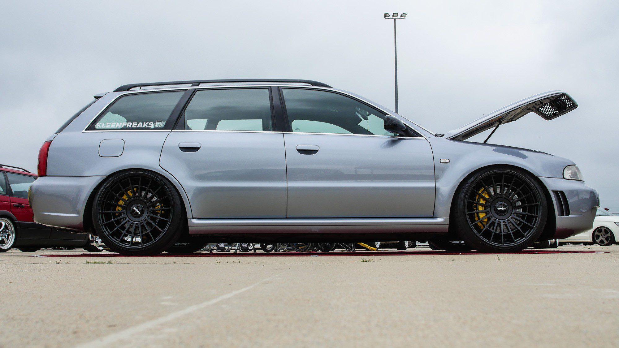 Seitenansicht des Audi RS4