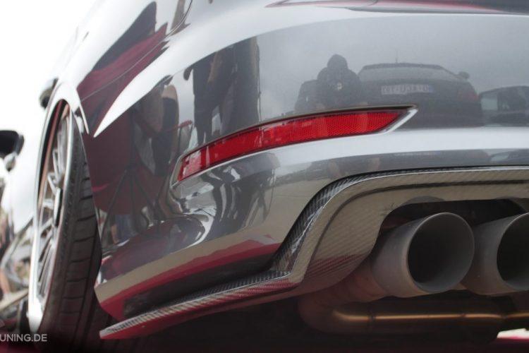 Carbonverzierte Heckschürze an der Audi S3 Limousine