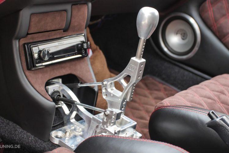 Offene Schaltkulisse wie aus einem Rennwagen: Der Honda Civic setzt auf Komponenten aus dem Motorsport!