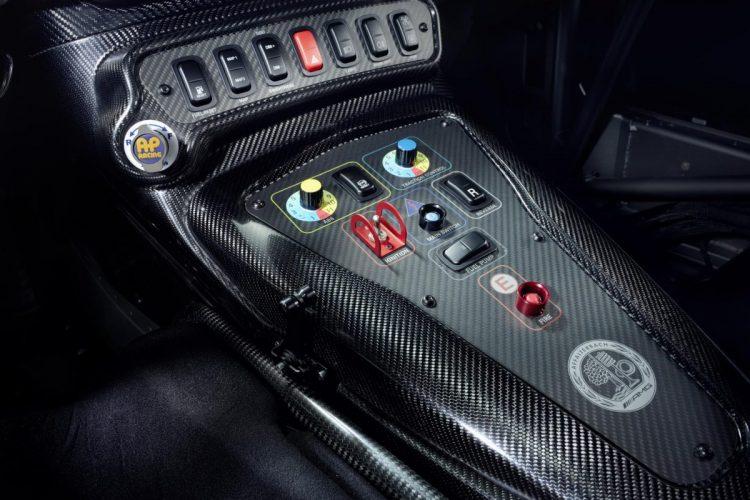 Mittelkonsole des Mercedes-AMG GT4