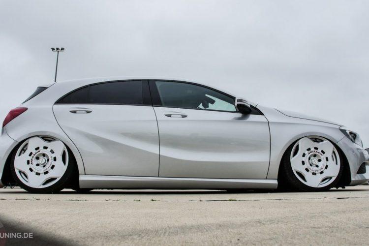Seitenansicht der Mercedes A-Klasse