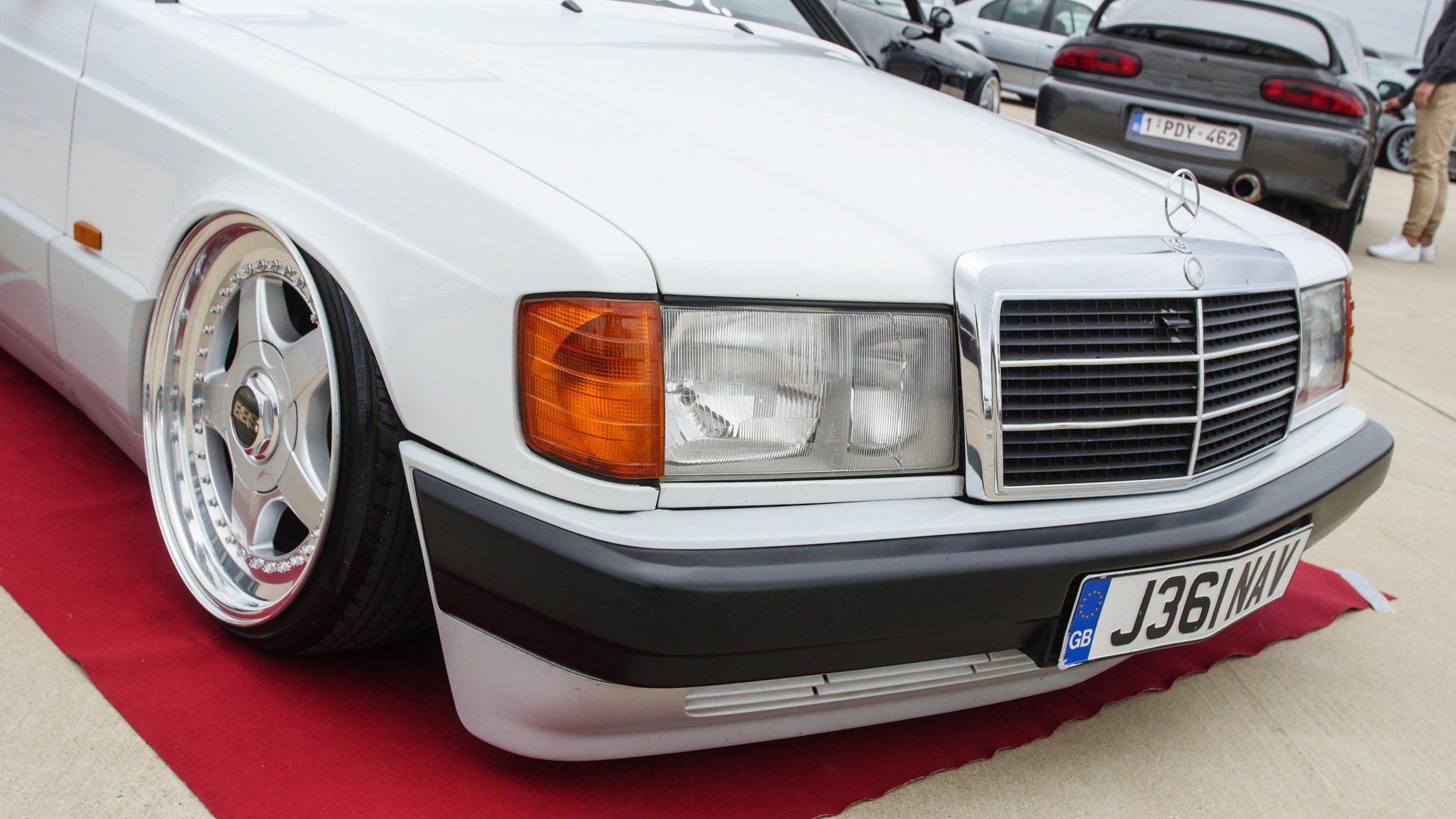Frontpartie des Mercedes-Benz 190