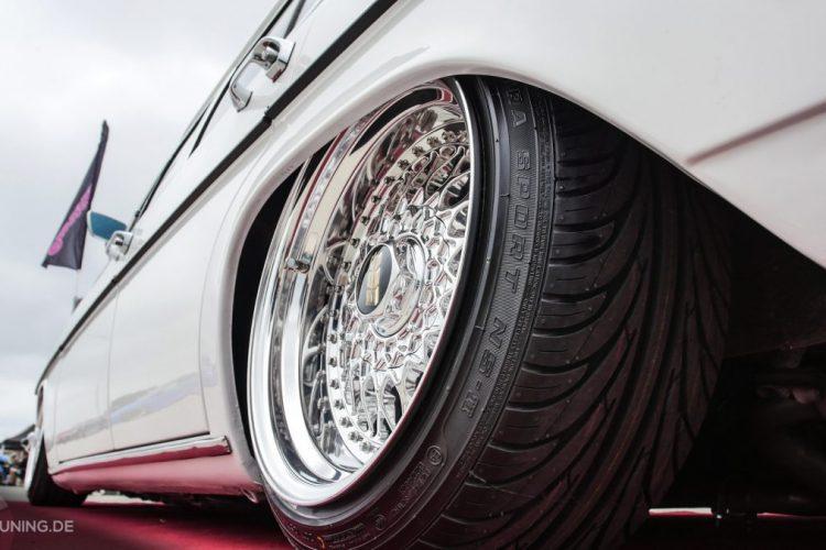 Schicke BBS-Räder auf dem Mercedes W115