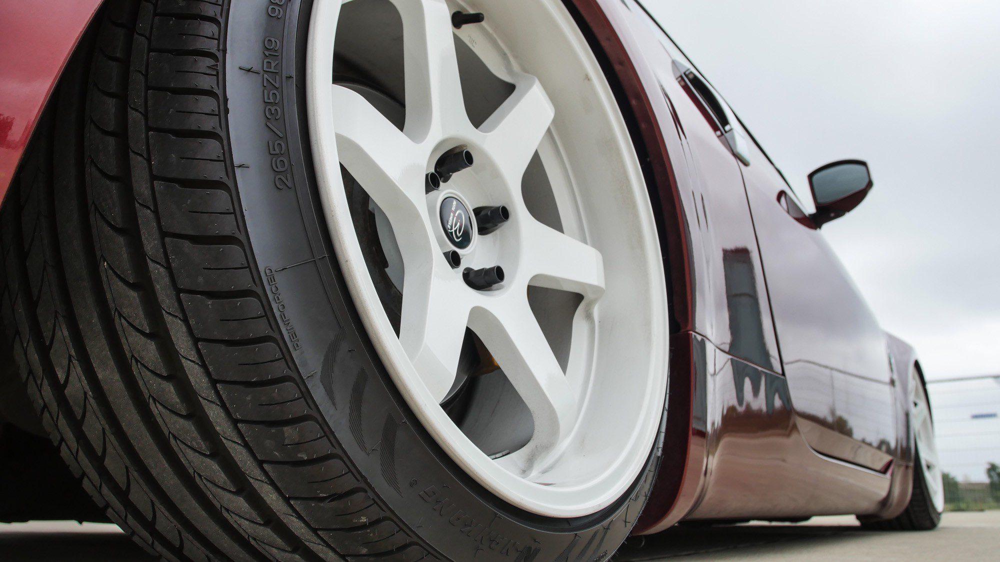 Die Rota Wheels kommen auf dem Nissan 350 Z richtig gut zur Geltung!