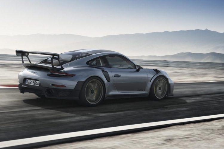 Fahraufnahme des Porsche 911 GT2 RS