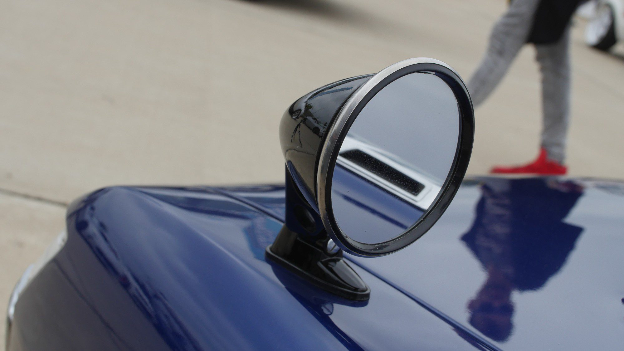Außergewöhnlicher Außenspiegel an der Toyota Celica