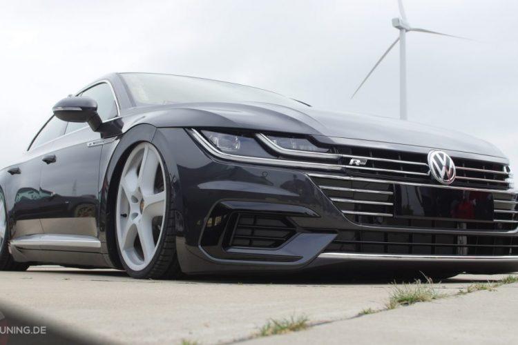 Frontansicht des VW Arteon